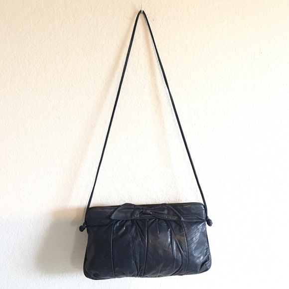 empress Handbags - Vintage navy blue purse with bow